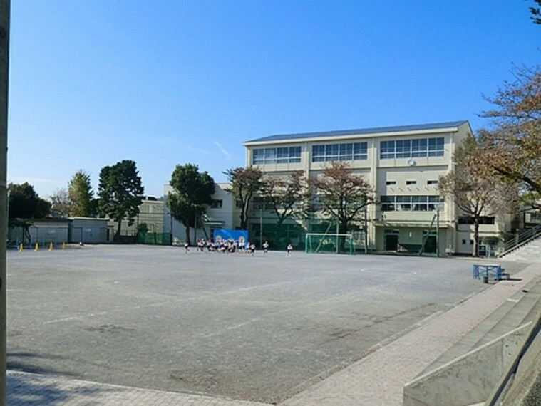 小学校 横浜市立田奈小学校
