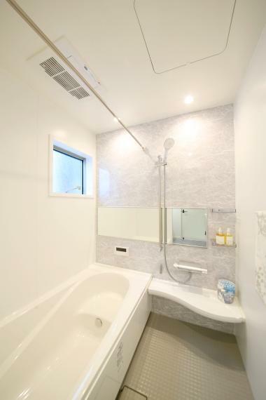 浴室 No.3 清潔感のある広々浴室は一日の疲れを癒してくれます
