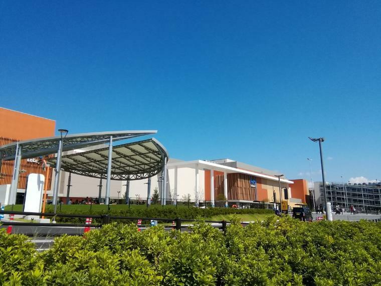 ショッピングセンター ららぽーと東郷 車で約8分 昨年9月にオープンしたばかりのショッピングモール