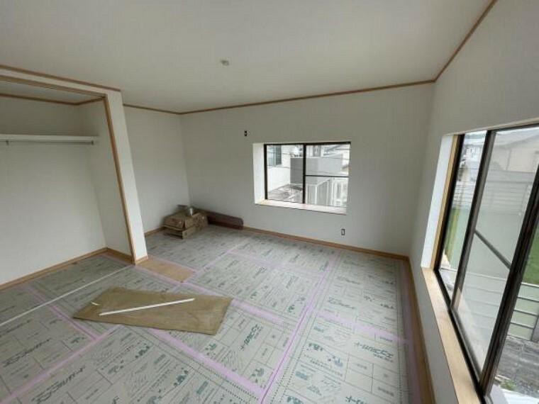 【リフォーム中5/24更新】2階東側8帖和室です。9帖の洋室に変更し、クローゼットも新設しました。部屋を広くすることで使い勝手がよくなりました。
