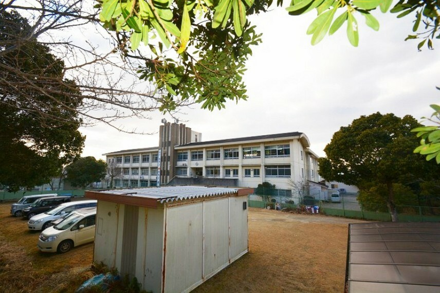 中学校 奈良市立飛鳥中学校まで徒歩13分