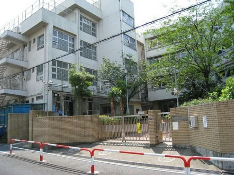小学校 【小学校】天神小学校まで569m