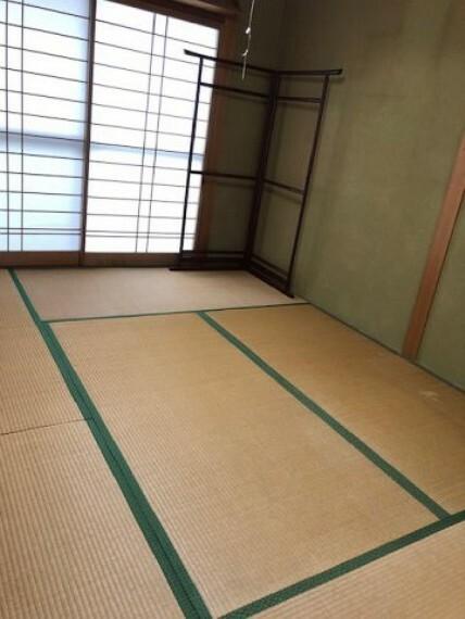 和室 日本らしい落ち着いた雰囲気の和室です