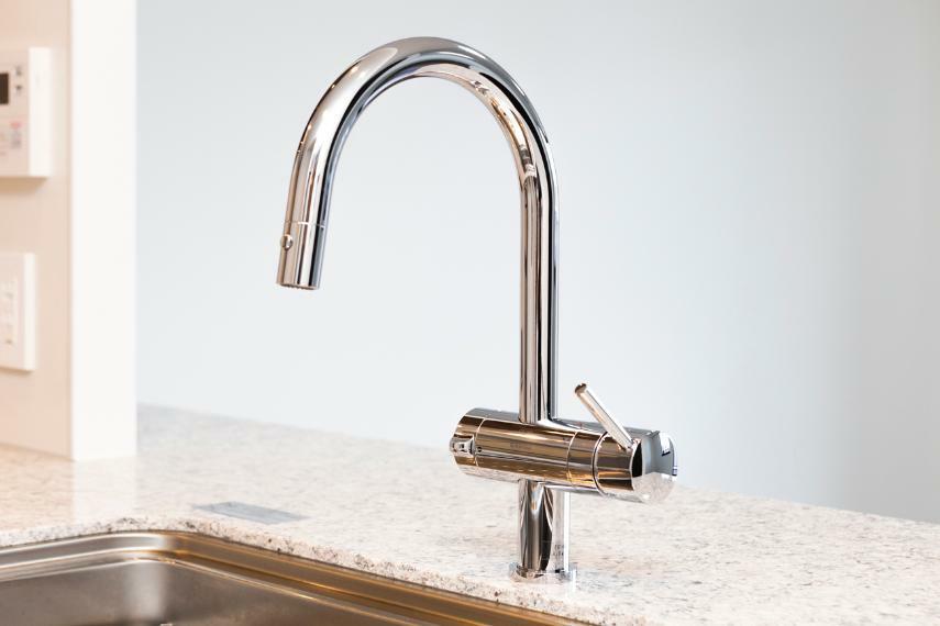 キッチン グローリエ社×クリンスイ浄水器付水栓
