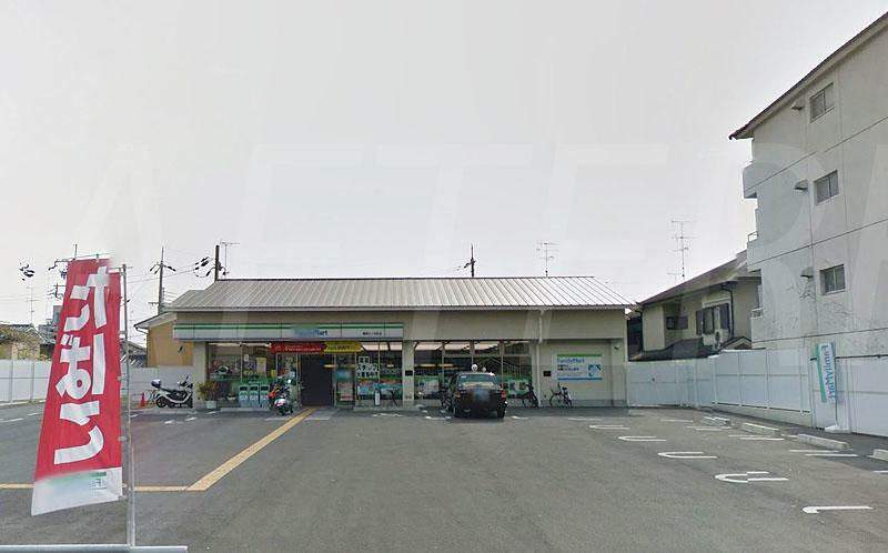 コンビニ ファミリーマート樫原江ノ本町店