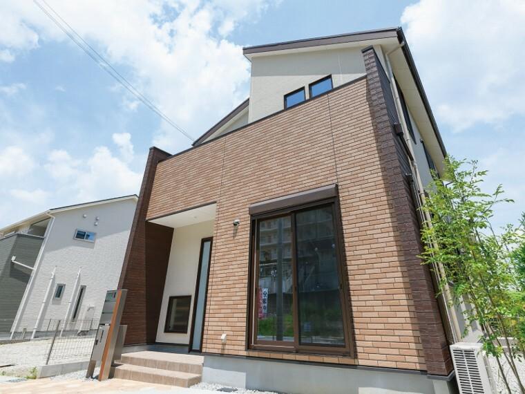 現況写真 【モデルハウス13号地 外観】家事スペースがまとまったママ楽な家