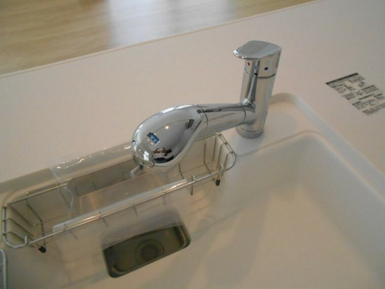 キッチン 浄水機能付水栓。