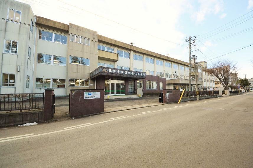 中学校 福島市立第二中学校