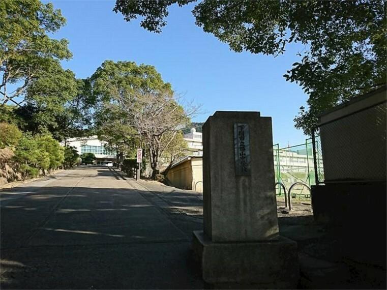 中学校 下関市立勝山中学校