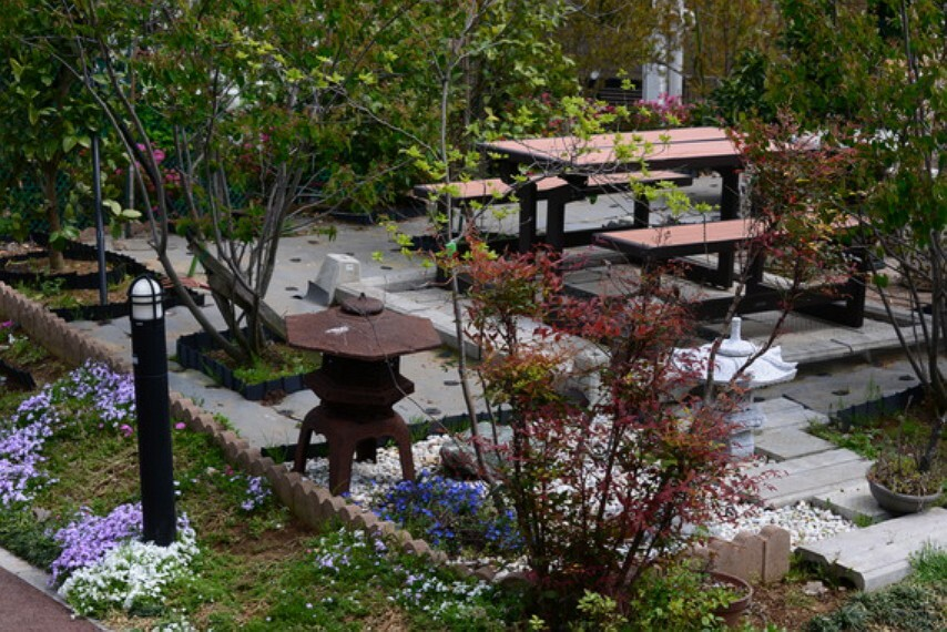 庭 敷地内BBQヤードです。