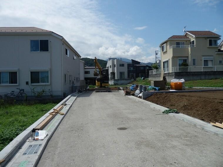 現況写真 周辺は第一種低層住居専用地域の閑静な住宅街です。