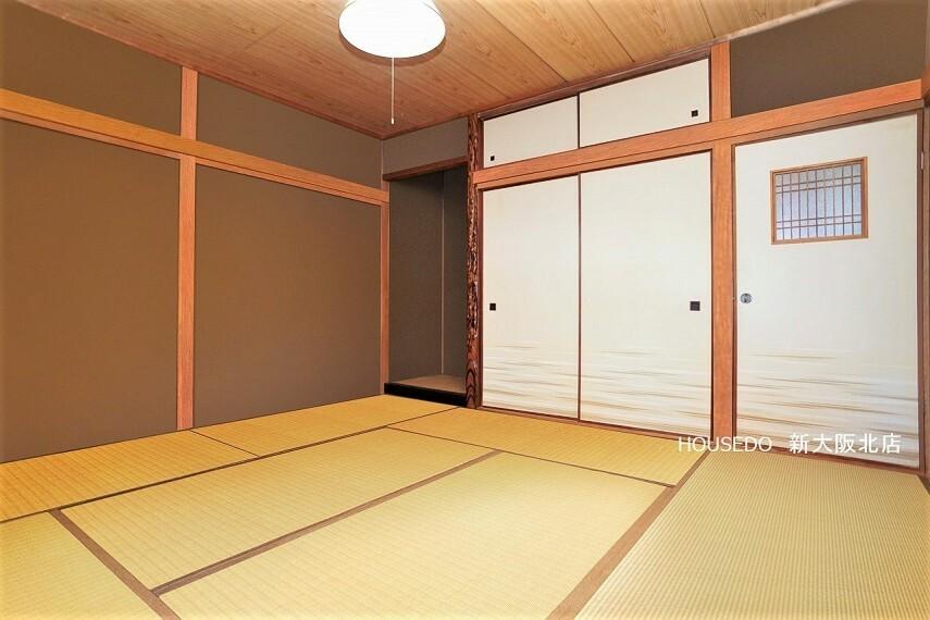 和室 ■床の間や百日紅の木を使用していたりとこだわりの見えるお部屋! ■畳の暖かなぬくもりに癒されながらゆっくりとした時間を過ごせますよ! ■内覧予約は随時受付中です! ※写真はイメージ図です