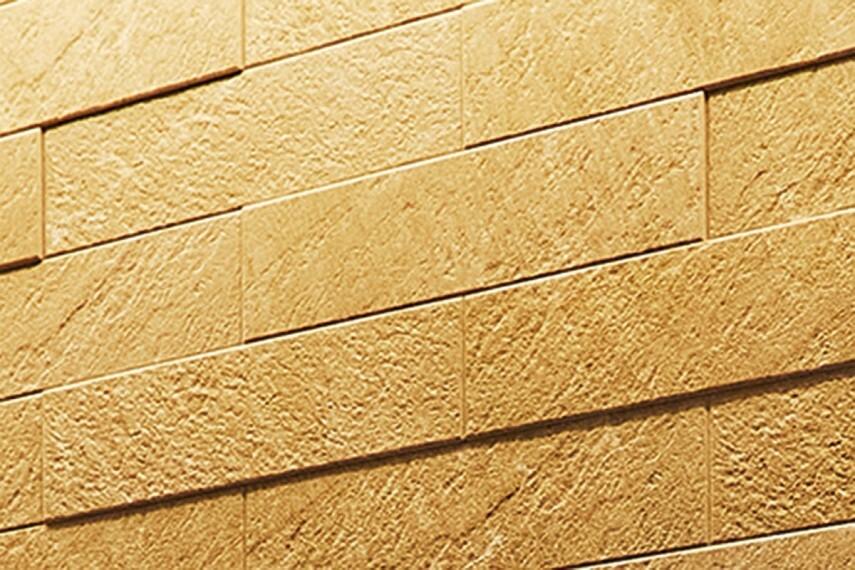 【邸別に彩るアクセントウォール】  調湿効果があり、デザイン性にも優れた上質なエコカラットプラスを邸別に選定しました。各邸の個性を際立たせます。