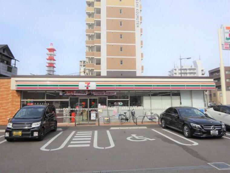 コンビニ 【コンビニエンスストア】セブンイレブン 大阪太子橋1丁目店まで450m