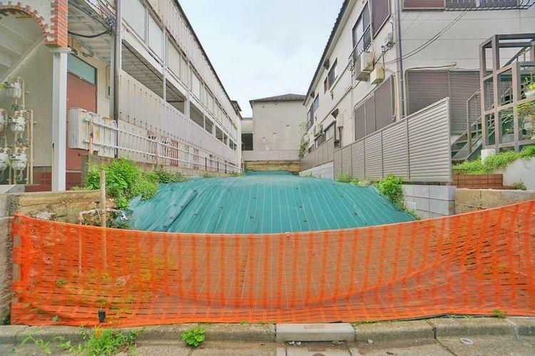 現況写真 杉並区高円寺南1丁目の土地分譲。丸の内線「東高円寺」駅徒歩5分の便利な立地です。