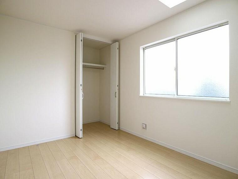 ~bedroom~ 全室にクロゼット/物入。収納力の高いプラン