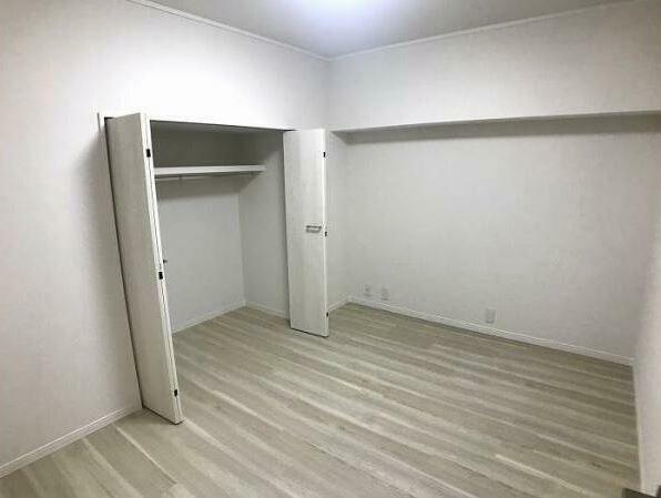 収納 増設した洋室で収納もあります。