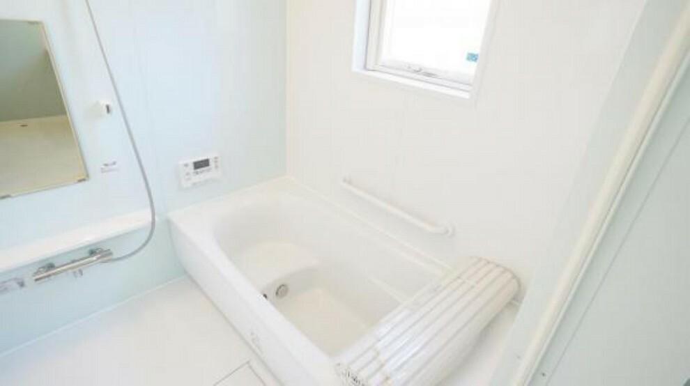 浴室 浴室 バスルームは身体を洗うためだけの場所ではなく一日の疲れを癒すくつろぎの場所
