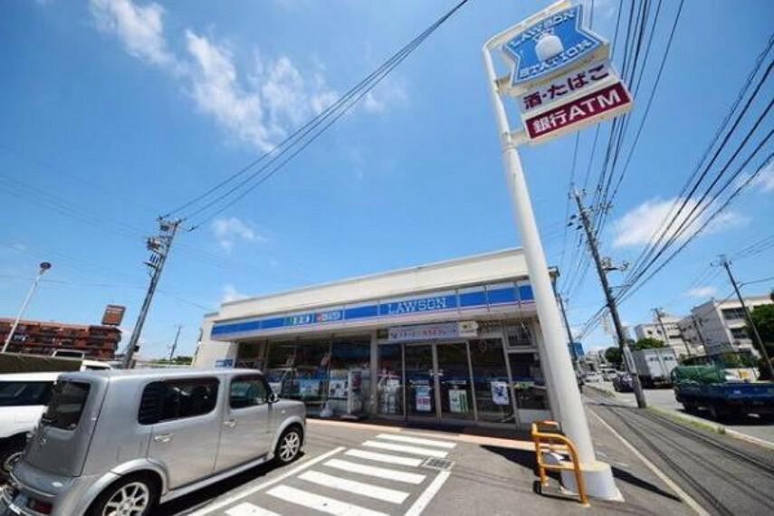 コンビニ ローソン横浜下川井町店