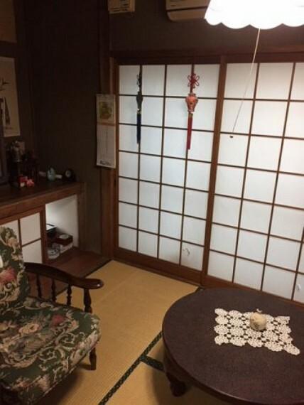 和室 落ち着いた雰囲気の和室付きです