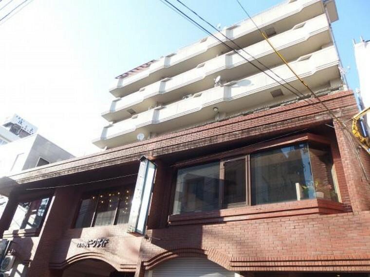 外観写真 総戸数15戸9階建ての6階部分4LDK(94.66平米)です。