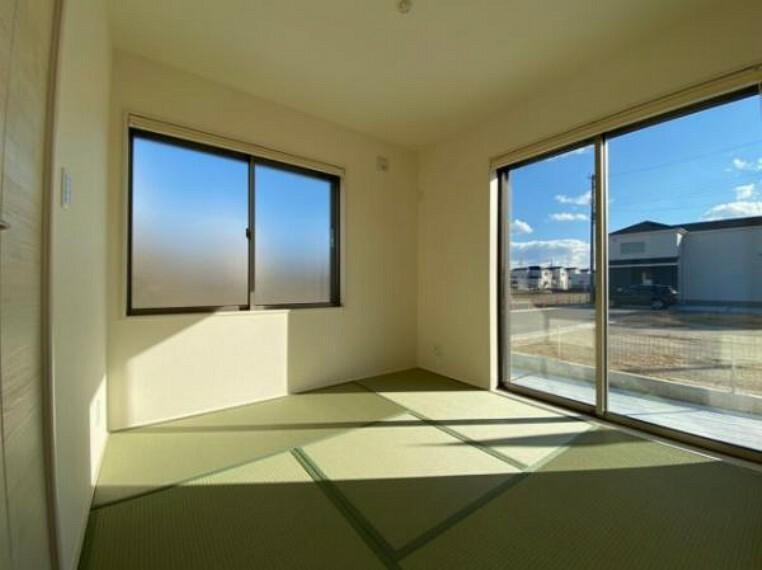 寝室 いぐさの香りがする和室は、客室としても使用でき、お子様のお昼寝にも使い方色々です!
