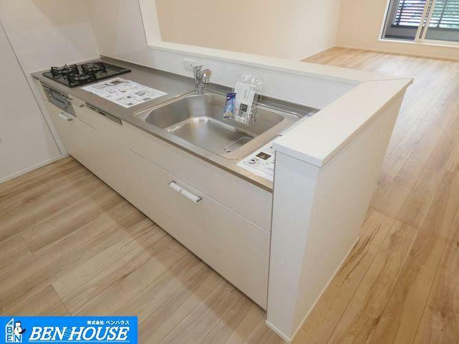 キッチン ビルトイン食洗機付きシステムキッチン ・食後の片付けも食洗器付きキッチンでラクラク ・ご家族との時間も増えます