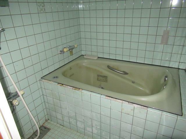 浴室 広めの浴室です