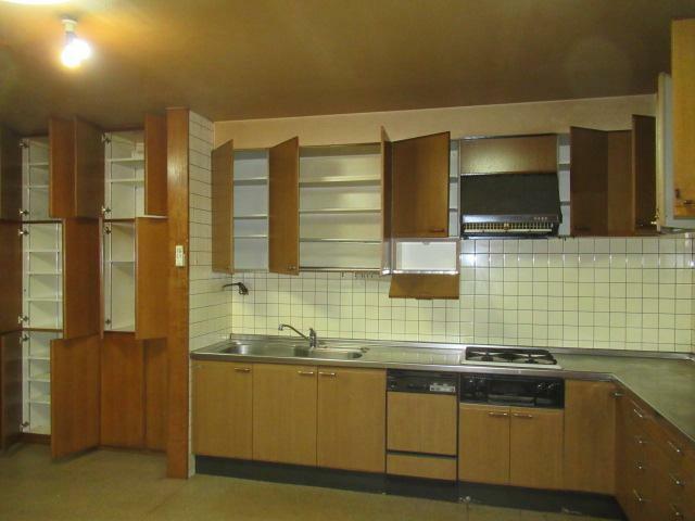 キッチン 収納力多いキッチンです