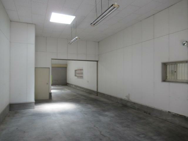 現況写真 1階駐車場内