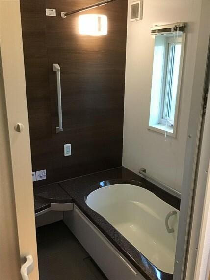 浴室 【L9区画】ゆったり浴室でくつろげます