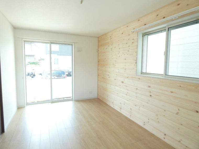 洋室 広々洋室は、収納つきで子供部屋や寝室など多彩な用途の利用できます