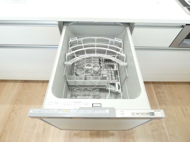 ビルトイン食器洗い乾燥機は家事は時短してご家族と過ごす大切なひとときを