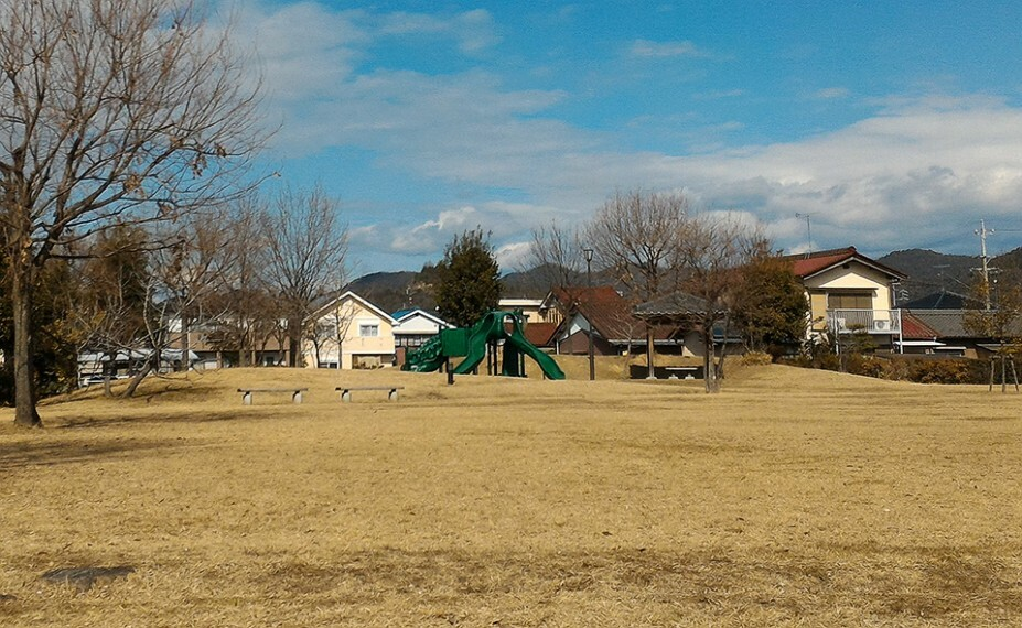 公園 各務原町中央公園まで約340m