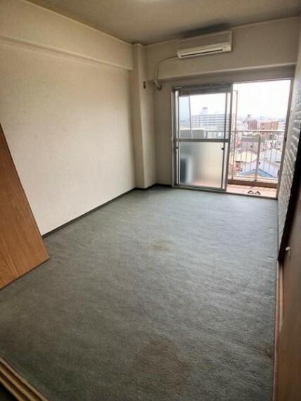 洋室 洋室:シンプルなお部屋は自由度が高いので家具やレイアウトでお好みの空間をつくってください!(リフォーム承ります!)
