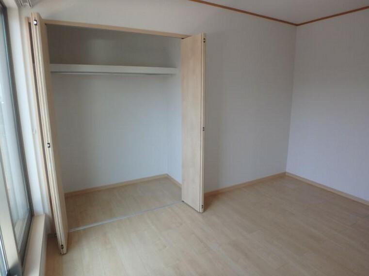 専用部・室内写真 2階 6帖洋室