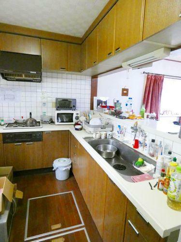 キッチン キッチン。床下収納があります。