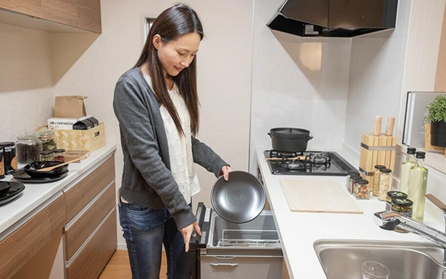 完成予想図(内観) 当社分譲施工例:食器洗浄乾燥機