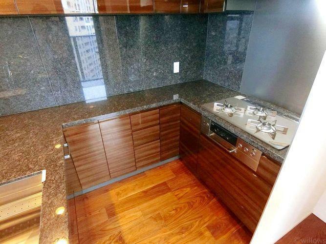 キッチン U型キッチンになっており、お料理がしやすいです。