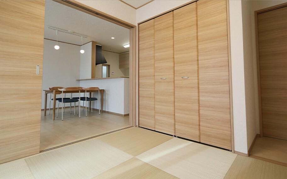 現地写真:洋室畳敷き(モデル号棟)