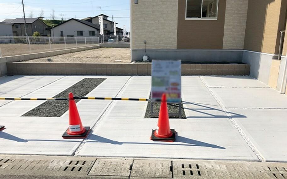 現地写真:駐車場(4号棟)