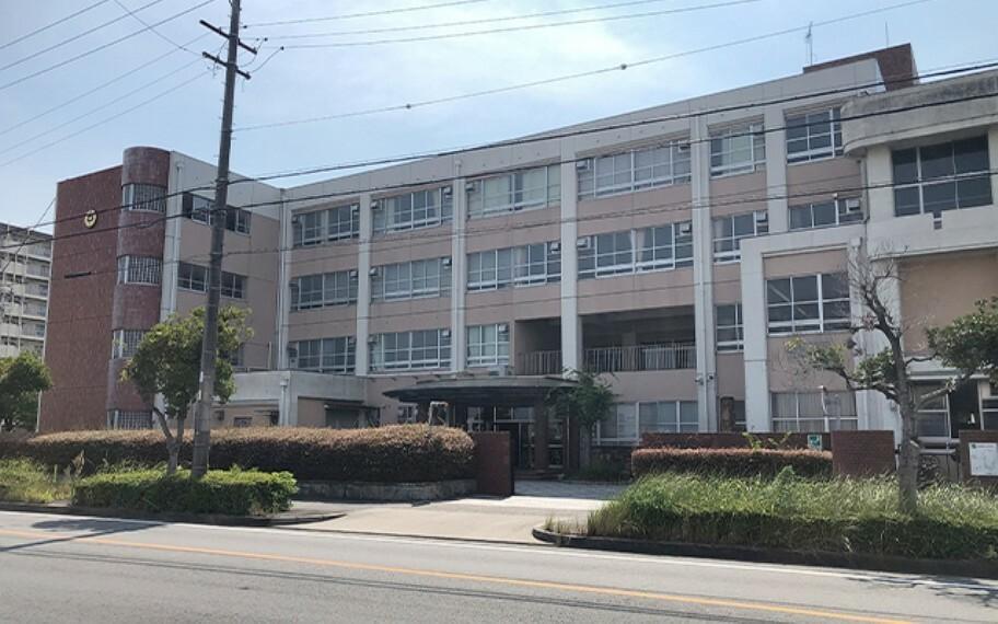南陽東中学校