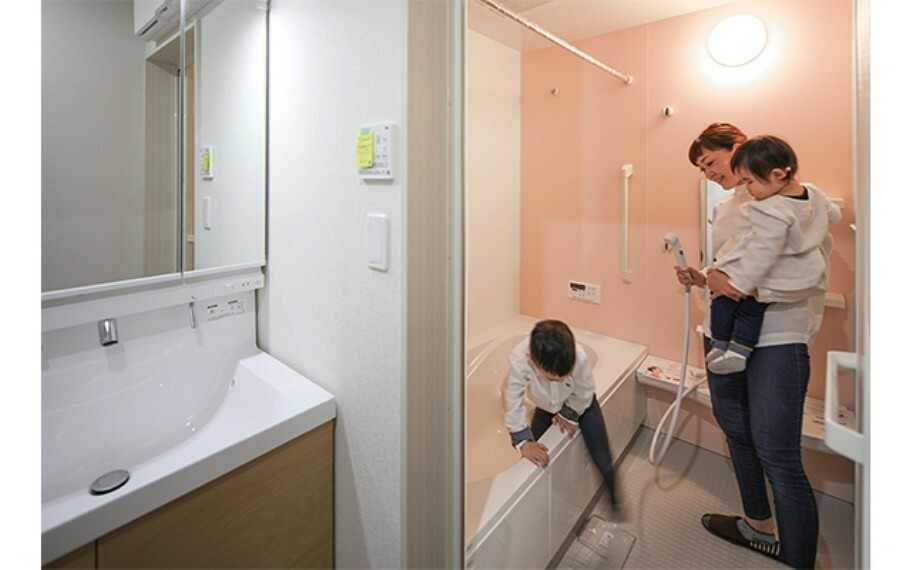 現地写真:浴室(モデル号棟)
