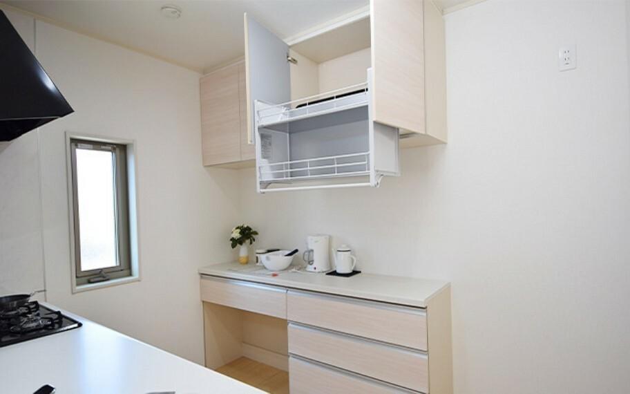 キッチン 現地写真:カップボード(26号棟)