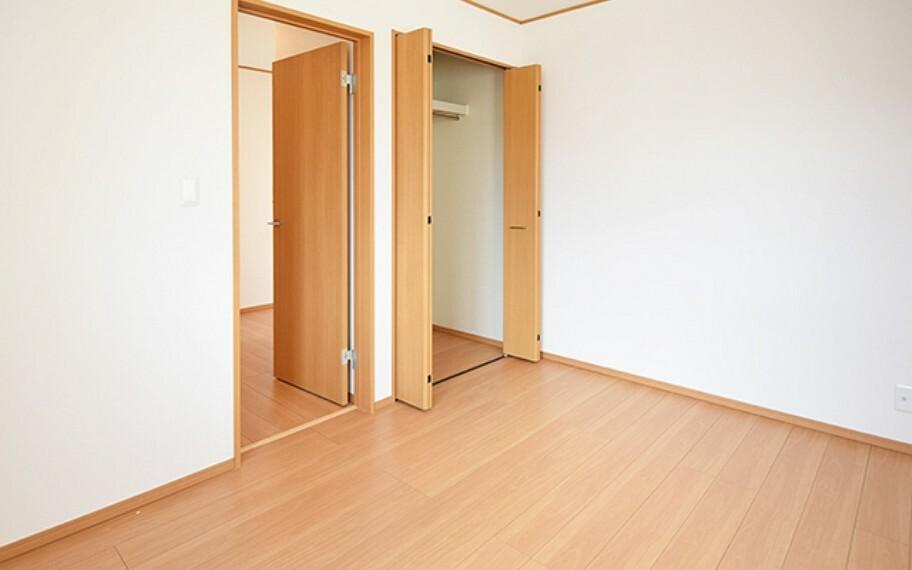 居間・リビング 現地写真:洋室(11号棟)