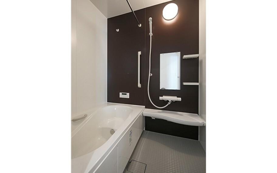 浴室 現地写真:浴室(モデル号棟)