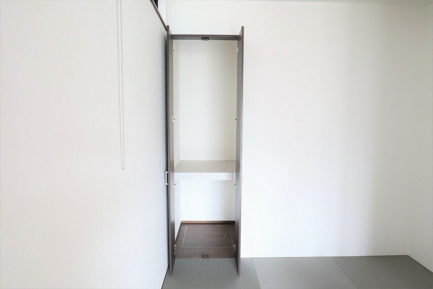 収納 和室収納 同仕様 来客用の布団などもスッキリ収納することができますね