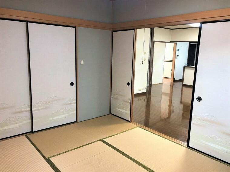 和室  1階の和室は落ち着いた空間になっており、客間にも利用可能です。