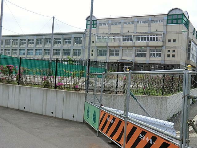 小学校 川口市立舟戸小学校学区 近いので通学楽々でパパとママも安心です