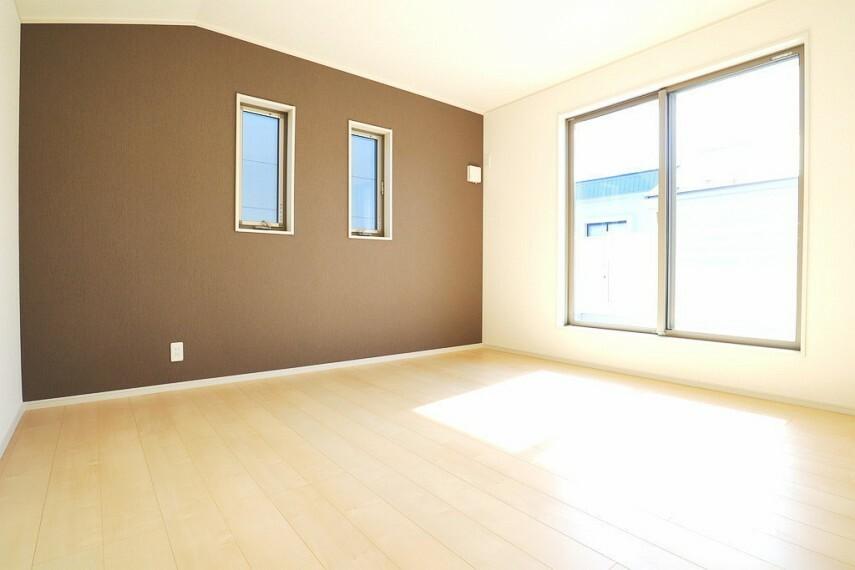 同仕様写真(内観) 洋室 同仕様 全室2面採光のお部屋は明るく風通しも良いです  収納スペース充実